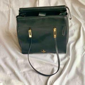 Black Leather Pour la Victoire Shoulder Bag